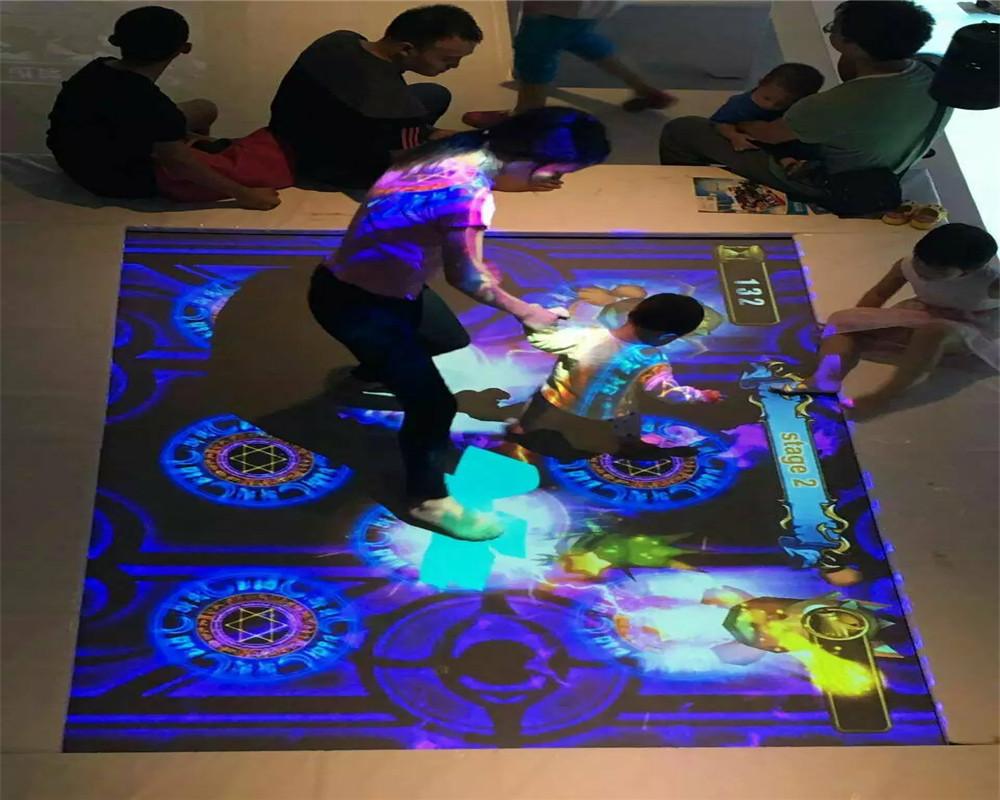 低价儿童沉浸式3d ar互动地板效果投影系统游戏为游乐园的新设备